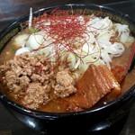 トラガス - みそ担々麺