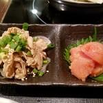 博多もつ鍋 おおやま - 酢もつ&明太子。