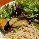 肉和食 肉バルダイニング 仙丹 - 揚げ野菜も