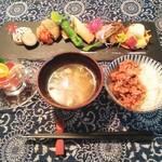 お野菜懐石&organic cafe~manaya(安曇野)~ - これら+小鉢+スープ+炊き合わせ…でManayaごはん