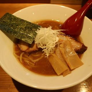 つけ麺屋若鶴丸 - 料理写真:こってり醤油ラーメンです☆ 2019-1105訪問