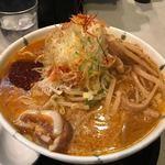 開花屋 - 辛味噌らぁめん(¥880)+麺大盛(¥100)+税=¥1078
