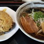 119343537 - 麺+飯セット\680。すごいコスパ。味もよし。