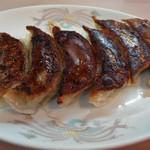 汐崎 - 焼き餃子です。