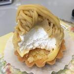 甘座洋菓子店 - マロンシャンテリィは生クリームタップリです