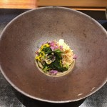 天婦羅 みやしろ - 毛蟹と舞茸と春菊のお浸し(先付け)