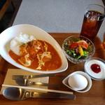 喫茶モーニング - バターチキンカレーセット 700円