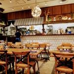 肉が旨いカフェ NICK STOCK - 店内