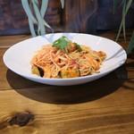 ポモドーロ - 秋鮭と秋茄子のジンジャートマトソース