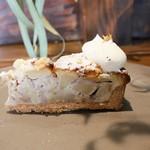 ポモドーロ - 林檎と胡桃のクランブルタルト