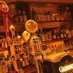 ストックヤード - 3種類の生ビール(ギネス・ヒューガルデン・バドワイザー)