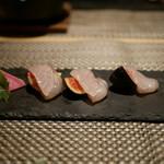 kiwa - 黒いちじく と昆布締めスズキ