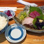 119377662 - 刺身盛りとライス。桂城(和歌山県那智勝浦)食彩品館.jp撮影