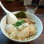 麺歩 バガボンド - 料理写真:味玉火山麺(900円)