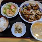 天津菜館 - 料理写真:黒酢酢豚定食
