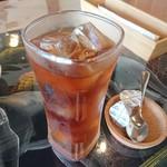 ランカハット - ドリンク写真:+B Set 400円 紅茶
