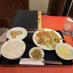 119397637 - R1.11 八宝菜定食・春巻き