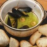 みっきー食堂 - ムール貝と小エビのオイル煮