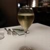 ラトリエ・ド・ポワント - ドリンク写真:グラスでシャンパン