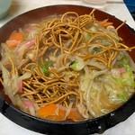 おぼこ飯店 - 揚麺の麺