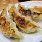 魂麺  - 通称小泉餃子も秀逸