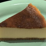 カフェ エスケープ - ベイクドニューヨークチーズケーキ
