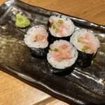 個室居酒屋 鮪の一徹 TOROYA - サービスのネギトロ巻!