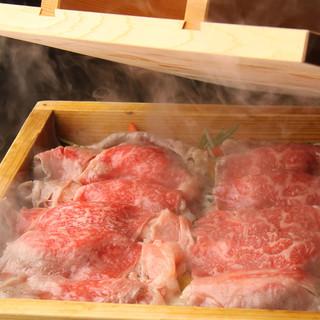 ヘルシーな蒸篭蒸し料理が自慢!お肉・お魚・お野菜の旨みが凝縮