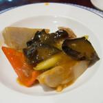 萬珍樓 - 合鴨と里芋の特製味噌仕立て(取り分け後)