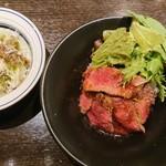 熟成牛ステーキバル Gottie's BEEF - 料理写真: