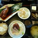 和風ダイニング 八田 - 日替わり魚定食