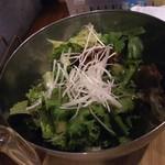 ホルモン焼肉 肉の大山 - チョレギサラダ 528円
