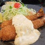 矢田かつ - 名物!海老フライ定食!名古屋でもこの海老は数店舗しか仕入れられない貴重な海老です!!
