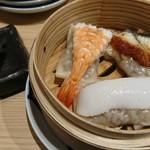 鮨・酒・肴 杉玉 - ウニ醤油で食べるシュウマイ三種盛り