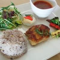 カフェ パーチ - ☆週変わりメニュー 鶏モモのローズマリーソテー・ミネストローネスープ・