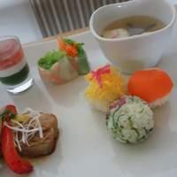 カフェ パーチ - 2/27☆週変わりメニュー ひな祭りランチ 手鞠寿司・蛤のお吸い物・菱餅風ゼリー