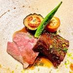 ビストロハマイフ - 仔羊ランプ肉のロースト 表面の焦がしの変化を付けて