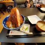 119473532 - ロースかつ丼(ソース)