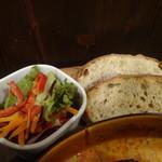 カフェ香咲 - トマト煮込みチーズハンバーグ