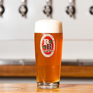 クラフトビール好きにはたまらない、本格的な一杯をご堪能あれ♪