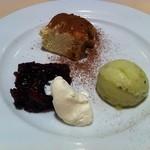 11950602 - デザート(ティラミス、ドライフルーツ入り赤ワインゼリー、キウイソルベ