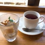 鵠沼パスタダイナー スプーン - デザート・紅茶