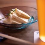 高野麦酒店takanoya - クリームチーズの白味噌漬け