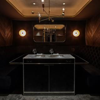 全室4室は全て完全個室。専任の焼き手による至極の贅沢