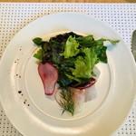 ミクニ マルノウチ - 前菜/愛媛県産真鯛のカルパッチョ