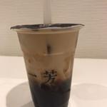 一芳 - 沖縄黒糖タピオカ紅茶ラテ ‥628円