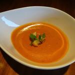 クイーンズ スープ カフェ - ビスクスープ