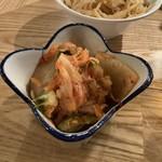 大衆酒場 ムロヒガシ - 白菜キムチ