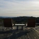 休暇小屋 - 陽が落ちる前