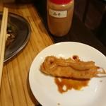 串カツ 三ツ星 - 味噌ソース